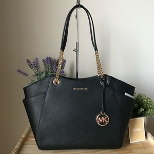 🌼Michael Kors Purse